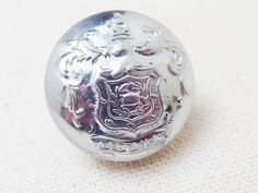 Rochdale Fire Brigadeの制服のボタンとして使われていたユニフォームボタンです。