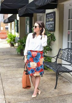 Fall office outfit with a floral pencil skirt #fashion #officeoutfits #ironageoffice http://www.ironageoffice.com/