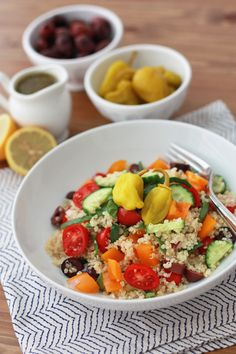 Think Greek Quinoa Salad is high in protein and will keep you full for hours. Perfect side salad for any occasion. Vegetarian Recipes, Cooking Recipes, Healthy Recipes, Suddenly Salad, Greek Quinoa Salad, Clean Eating, Healthy Eating, Side Salad, Mediterranean Recipes