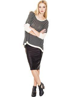 Spódnica ze skóry, http://modomania.o12.pl/jak-nosic-spodnice-olowkowa/