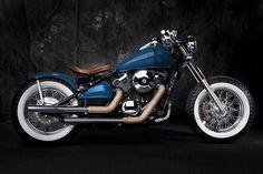 que elegancia Custom Built Kawasaki Bobber & Chopper Bikes Honda Bobber, Bobber Kit, Motos Bobber, Honda Shadow Bobber, Bobber Bikes, Bobber Motorcycle, Bobber Chopper, Classic Motorcycle, Honda 750