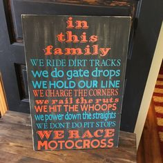 In This Family We Race Motocross Sign von PrimGifts auf Etsy