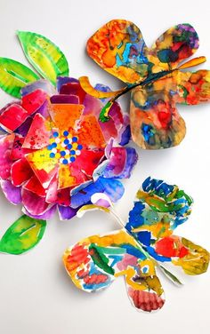 how to make beautiful, fluttering, paper plate with kids- great kids art project!