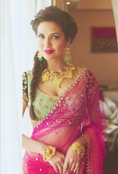 Esha Gupta's saree