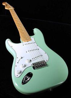 gibson flying v left handed electric guitar w case products i fender custom shop 1965 strat 2005 surf green nos lefty lefthanded reverb