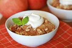 Ooey-Gooey Slow-Cooker Apple Goodness Recipe | Hungry Girl