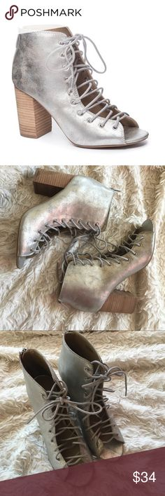 """NWOT Metallic Lace-up Heels Silver lace-up open-toe booties by Chinese Laundry. 3"""" stacked block heel. Shaft: 5"""". Very minor marks as shown in photos. ✨OFFERS WELCOME✨ Chinese Laundry Shoes Ankle Boots & Booties"""