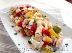l'insalata di mare è un piatto molto ricco e gustoso, da mangiare tiepido o freddo, in purezza o accompagnato da un cucchiaio di maionese o di salsa rosa soddisferà sicuramente anche i palati più esigenti.