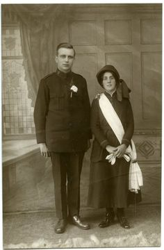 SALVATION ARMY c1910 photograph Grottick couple, large white