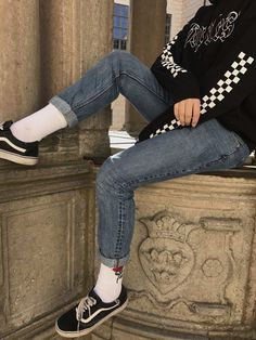 fe54f36f849  checkerboard  cheked  vans  socks  jeans  ss18  ss19