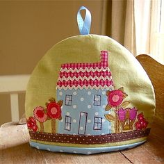 Country cottage tea cosy - Folksy