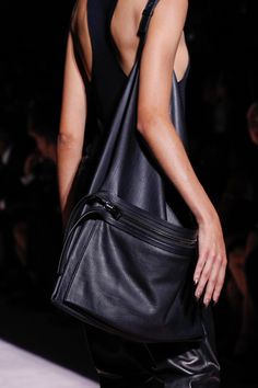 Tom Ford Spring 2018 Ready-to-Wear Collections.
