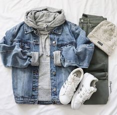 The best 91 tomboy outfit ideas that anyone can wear Tomboy Outfits ideas outfit. - The best 91 tomboy outfit ideas that anyone can wear Tomboy Outfits ideas outfit Tomboy wear Source by ozlefrend - Look Fashion, Teen Fashion, Fashion Outfits, Tomboy Fashion, High Fashion, Womens Fashion, Jackets Fashion, Fall Fashion, Fashion Shoes
