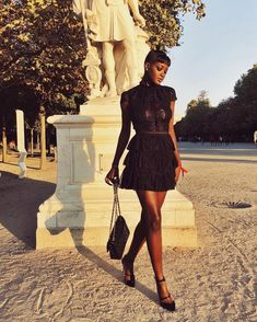 Sira Kante, Smoke Out, Dark Skin Girls, Edgy Outfits, Instagram Models, Isabel Marant, Mini, Girl Fashion, Cold Shoulder Dress