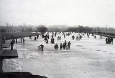 Frozen River Thames, London England 1894