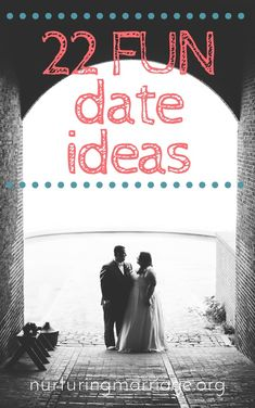 22 Fun Date Bookstore date. Go to the bookstore and browse together… Successful Marriage, Marriage Relationship, Happy Marriage, Marriage Advice, Love And Marriage, Relationships, Blind, Winter Date Ideas, Cheap Date Ideas