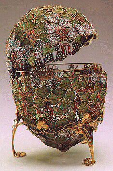 """Clover Leaf Egg, 1902 The """"Clover Leaf"""" Faberge Egg ~ made in 1902 for Tzar Nicholas II as an Easter gift to his wife. It is one of the few Faberge eggs that have never left Russia & due to the thin gold ribbon & transparent green enamel construction, it's considered too fragile to travel."""