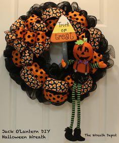 DIY Mesh Waving Jack O'Lantern Halloween Wreath - The Wreath Depot