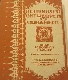 Methodisch ontwerpen van ornament / door W. Bogtman. - Rotterdam : Brusse, 1922. #ArtNouveau Available in library TextielMuseum