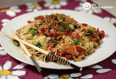 Y para cenar una receta sencilla, unos noodles con verduras, bacon y toque de mostaza Dijon http://www.recetasderechupete.com/fideos-chinos-con-verduras-bacon-y-toque-de-mostaza-dijon/5347/ #derechupete