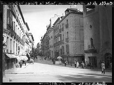 Calle de La Magdalena desde la Plaza del Progreso (Tirso de Molina) 1934.