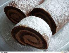 Ledové kaštany nalámeme do šlehačky, rozpustíme a necháme přejít varem. Dáme vychladit do chladničky asi na 1 hodinu. Bílky vyšleháme se... Healthy Cake, Healthy Diet Recipes, Sweet Desserts, Sweet Recipes, Baking Recipes, Cookie Recipes, Cake Roll Recipes, Czech Recipes, Chocolate Sweets