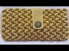 Cara Merajut Dompet Lipat Motif Melati - YouTube Crochet Clutch Pattern, Crochet Motif, Crochet Designs, Crochet Patterns, Crochet Bag Tutorials, Crochet Projects, Free Crochet Bag, Crochet Bags, Crochet Handbags