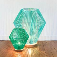 'Shining' braided plastic lamp by French designer Elsa Randé for Paris Design Week Diy Luminaire, Diy Lampe, Luminaria Diy, Creative Lamps, Diy Interior, Deco Design, Lamp Shades, Home Deco, Lighting Design