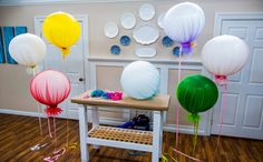 I AM IN LOVE with these...DIY Tulle Balloons
