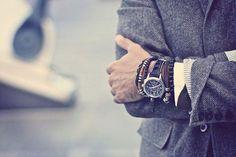 Сегодня кстати модно сочетать часы с браслетами в стиле хиппи на тонких кожаных ремешках мало отличающиеся друг от друга. Поэкспериментируйте со стилями возможно вам придётся по вкусу нечто новое и современное. #hemst #man #style #stylish #menswear #men #mensfashion #menstyle #gentleman #mensstyle #bracelet #look #accessories #handmade #follow #followers #like #ukraine #likeme #followme #аксессуары #браслеты #браслетыукраина #аксессуарыукраина #instagram #стиль #мужскойстиль #украина…