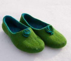 I want these Felt Slippers!