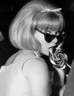 The iconic heart shaped sunglsses. Sue Lyon at the 1962 premiere of Lolita. #sunglasses