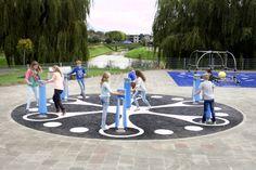 Inspiratie! Rekenen op het schoolplein is leuker dan in het klaslokaal. Op de foto staat het speeltoestel Memo.