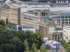 Známe svetové miesta z trošku iného uhla. Všetko môže odrazu vyzerať inak Brandenburská brána v Berlíne