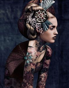 russian-queens-by-norman-cavazzana-3 via wicked-halo.com