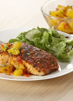 Awesome Cool and fruity Orange Salsa complements the sweet 'n smoky seasoned salmon fillets. Fish Recipes, Seafood Recipes, Great Recipes, Dinner Recipes, Cooking Recipes, Favorite Recipes, Healthy Recipes, Recipies, Healthy Tips