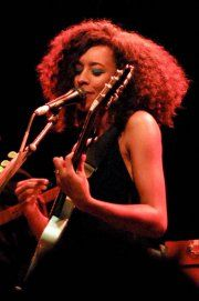 Corrine Bailey Rae Female Guitarist, Female Singers, Corinne Bailey Rae, Guitar Girl, Music Is My Escape, Music Artists, Great Artists, Popular Music, Types Of Music