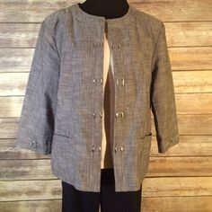Grey tweed-look open front blazer Grey tweed-look open front blazer with 3/4 sleeves and silver tone hardware. EUC. Flattering fit and no closure means fits a variety of shapes and sizes well (including those weight fluctuations!) Christopher & Banks Jackets & Coats Blazers