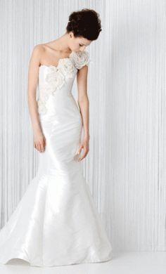 http://www.preownedweddingdresses.com/dresses/21898/Angel-Sanchez-Size-4.html