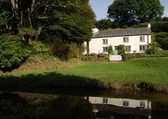 Self Catering Holiday Cottage Accommodation near Fowey Lostwithiel Cornwall:Penpoll Cottage Cream Aga, Luxury Family Holidays, Holiday Cottages In Cornwall, Pirate Boats, Sand Pit, Green Valley, Cornwall England, Girls Weekend, Countryside