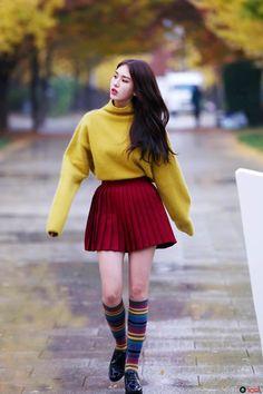 ioi, somi, and kpop image Jeon Somi, Kpop Fashion, Asian Fashion, Airport Fashion, Latest Fashion, Style Fashion, Fashion Tips, South Korean Girls, Korean Girl Groups