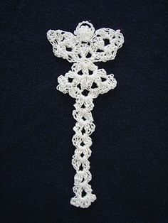 Ravelry: Thread Angel Bookmark pattern by Angie Kowalsky Crochet Angels, Crochet Cross, Thread Crochet, Knit Or Crochet, Crochet Gifts, Filet Crochet, Crochet Doilies, Easy Crochet, Crochet Bookmark Pattern