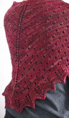 'Black Death shawl' by Hoxton Handmade, pattern on Ravelry (free) yarn @ Ja, Wol ! Knit Or Crochet, Lace Knitting, Crochet Shawl, Knitting Patterns Free, Knit Patterns, Free Pattern, Knitted Poncho, Knitted Shawls, Knit Scarves