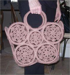 Marvelous Crochet A Shell Stitch Purse Bag Ideas. Wonderful Crochet A Shell Stitch Purse Bag Ideas. Crochet Beach Bags, Crochet Tote, Crochet Handbags, Crochet Purses, Thread Crochet, Tunisian Crochet, Crochet Doily Diagram, Crochet Patterns, Crochet Rings