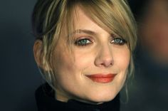 Some say that French women are more beautiful. Melanie Laurent, Beautiful French Women, Dame Diana Rigg, French Beauty, French Makeup, French Models, French Actress, Iconic Women, Cute Faces