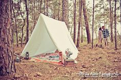 Vintage Camping Engagement Photography Session  #vintage #camping #engagement #photography #fall #tent Bella Allure Imagery www.bellaallureblog.com
