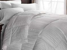 Kohl's Home Classics Down Comforter Level 2, Twin, Full/Queen, King ($180 to $250)