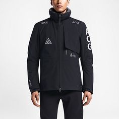 All this Nikelab ACG stuff is so nice! I don't think they could have picked a better designer then Acronyms Errolson Hugh to collaborate with on this project.
