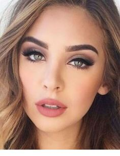 46 stylish natural wedding makeup ideas to try in 2019 - we .- stilvolle natürliche Hochzeit Make-up-Ideen im Jahr 2019 zu versuchen – We… 46 stylish natural wedding makeup ideas to try in 2019 # natural Wedding Makeup For Blue Eyes, Wedding Makeup For Brunettes, Best Wedding Makeup, Natural Wedding Makeup, Wedding Makeup Looks, Blue Eye Makeup, Bridal Hair And Makeup, Natural Makeup, Wedding Hair And Makeup Brunette