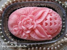 thai soap carving design Primary Leaf Style and design College students get started by Studying simple slicing approaches, creating a essential leaf from c Diy Soap Carving, Wax Carving, Soap Sculpture, Deco Rose, Savon Soap, Food Garnishes, Aromatherapy Candles, Carving Designs, Art Carved